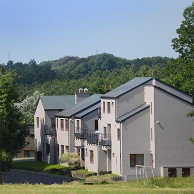 La Petite maison - Hôpital psychiatrique pour enfants et adolescents - ACIS